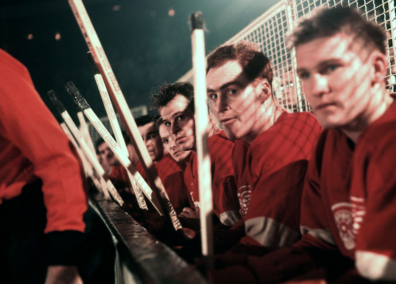 Gordie Howe sits next to Detroit Red Wings teammate Red Kelly during a game against the New York Rangers. Although just 26, Howe was already in his ninth NHL season. Detroit won its second straight Stanley Cup that season as Howe made his eighth straight All-Star team.