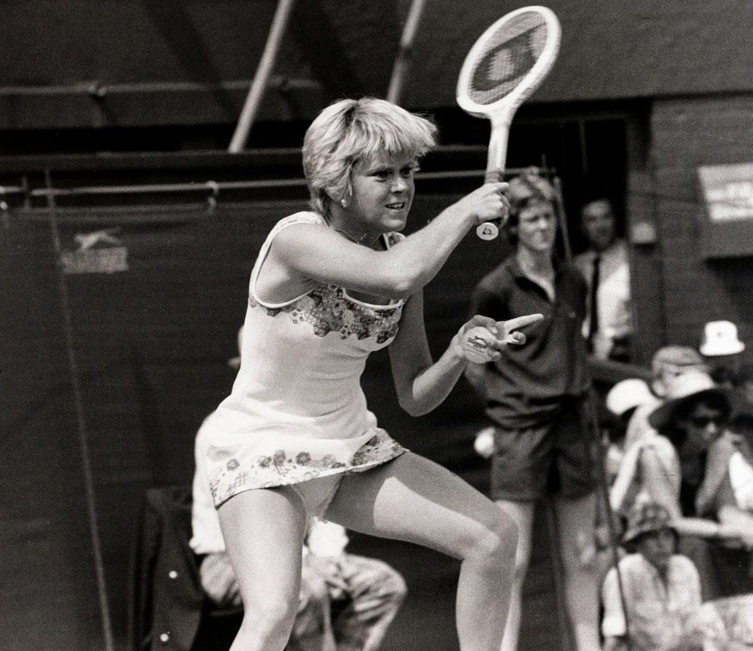 Sue Barker (1976)