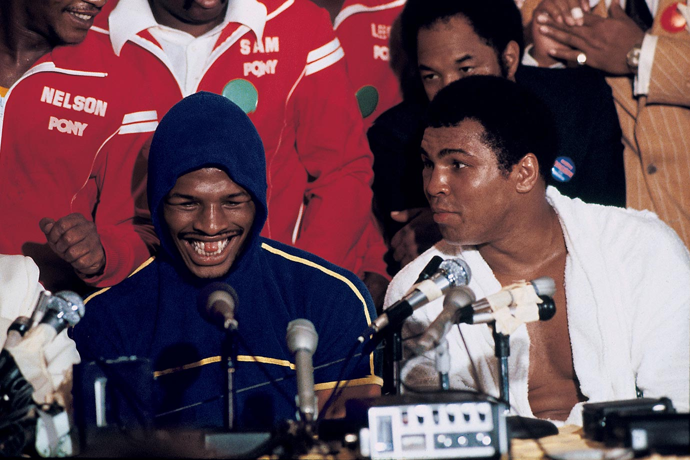 Leon Spinks took center stage over Ali at the press conference after their fight. The victorious Spinks and his gap-toothed grin were featured on the Feb. 19, 1978 cover of Sports Illustrated.
