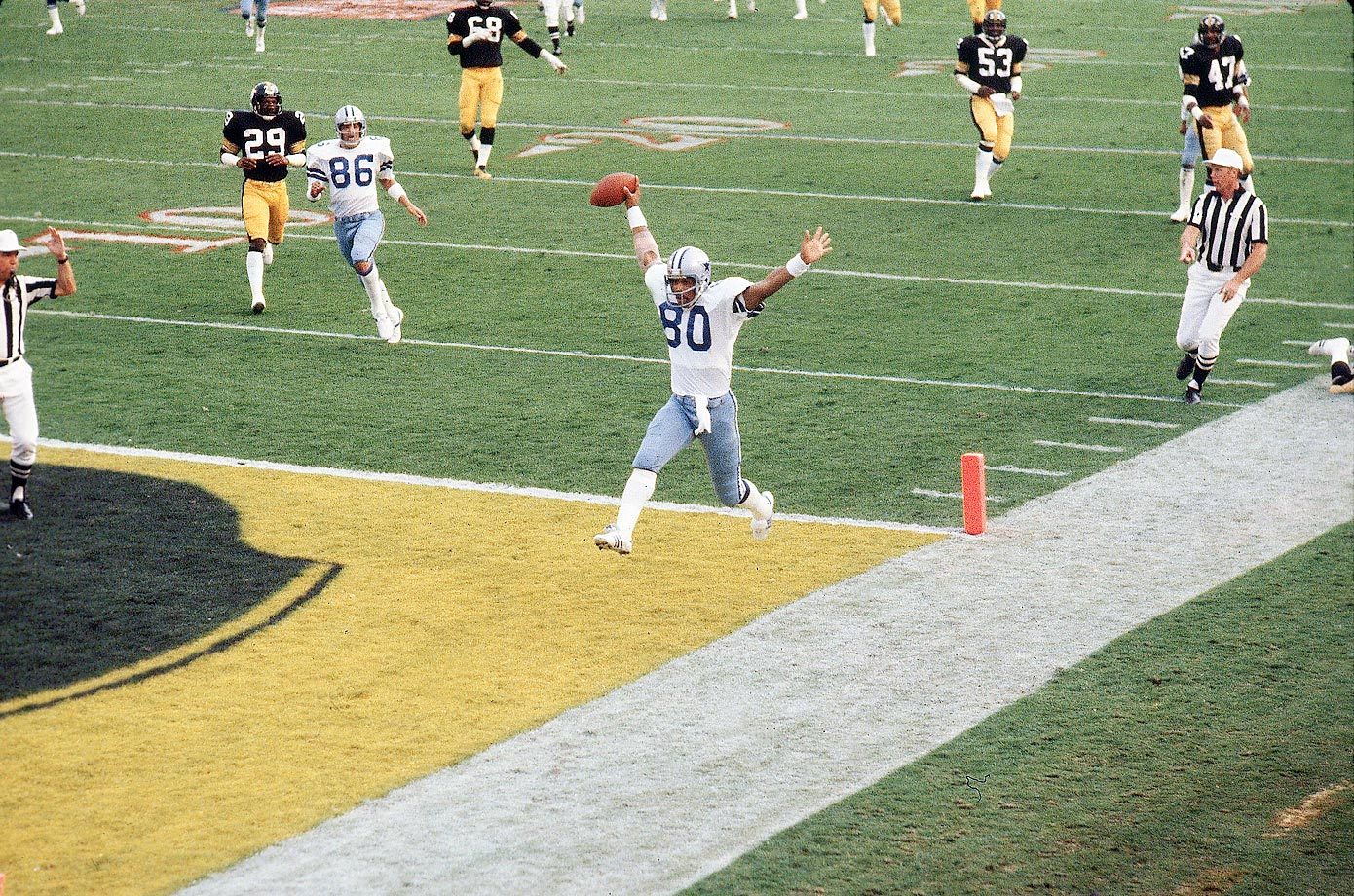 Tony Hill scores a touchdown aganst the Pittsburgh Steelers.