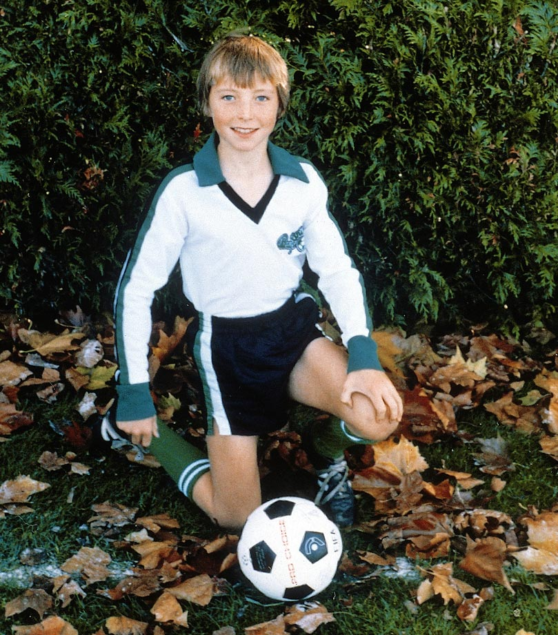 His father played professional soccer and the family lived in a number of places before setting in Victoria City near Vancouver.