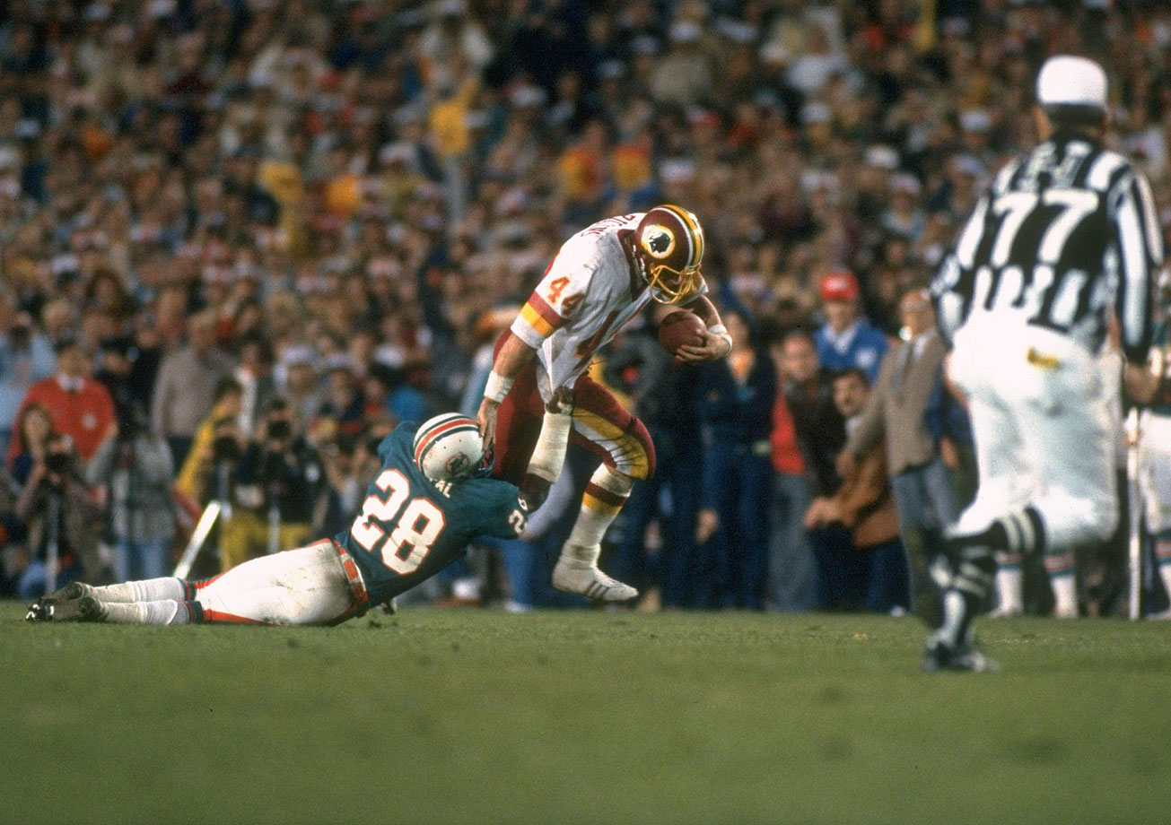 The Redskins trailed by four points in the fourth quarter when they faced a fourth-and-1 at the Miami 43. Washington had bullish John Riggins in the backfield, so the obvious choice was to go for it. And that's what Riggins did -- going for it all -- as he broke through the left side of the line and went the distance for the winning score.