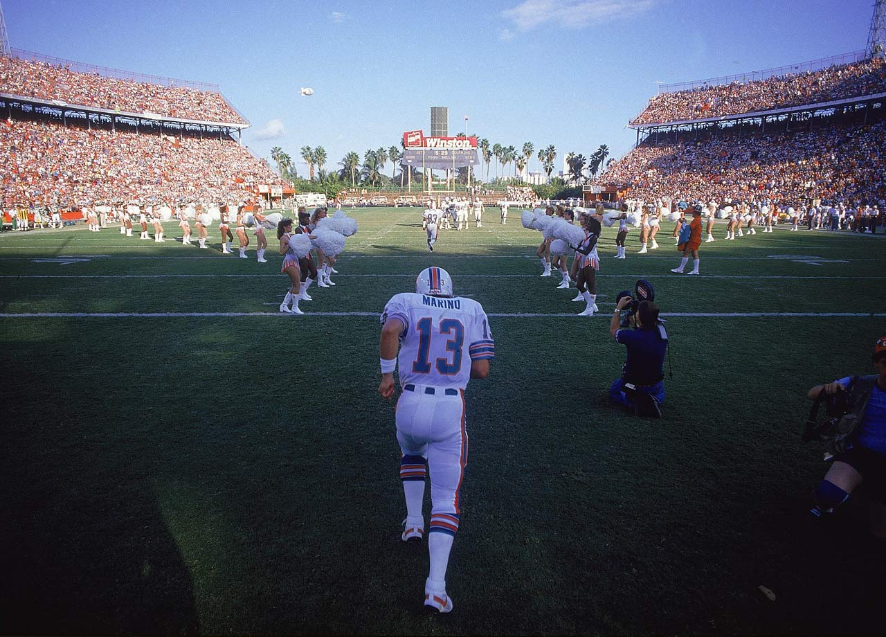 Dan Marino takes the field during player introductions before the Miami Dolphins game against the New York Jets at the Orange Bowl in Miami on Nov. 10, 1985.  The Dolphins won the game, 21-17.