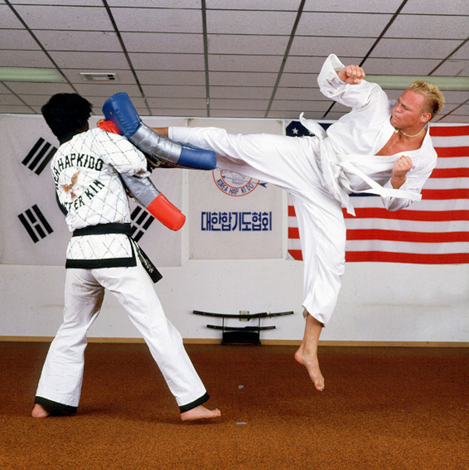 When he wasn't playing football for the Sooners, Bosworth was brushing up on his martial arts skills.
