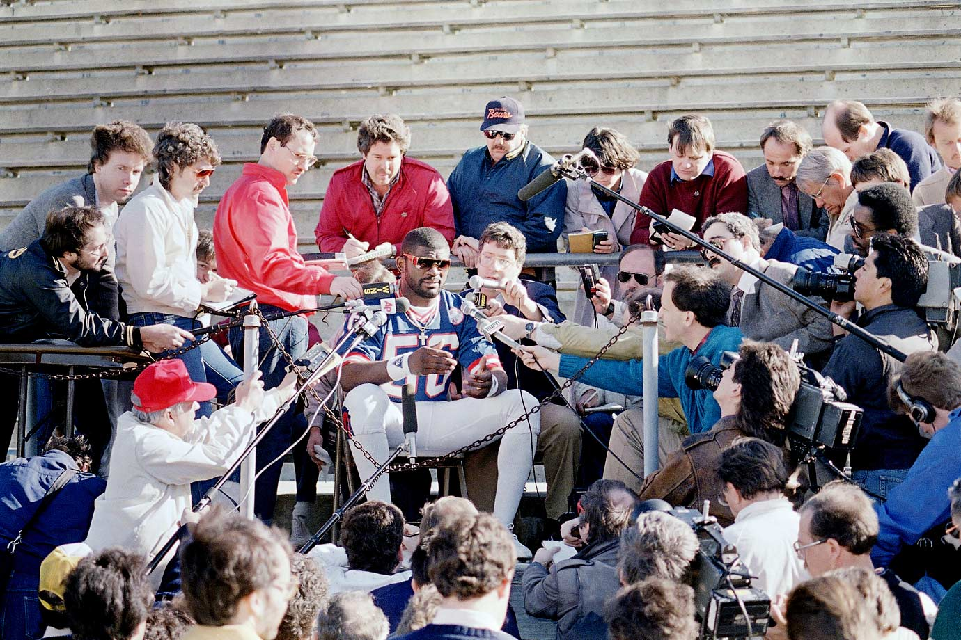 Lawrence Taylor, the league leader in sacks (20.5), talks to reporters during Super Bowl XXI Media Day.  The Giants defeated the Broncos 39-20.