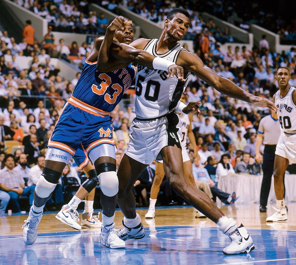 In his first pro season, Robinson more than held his own against the likes of fellow former No. 1 pick Patrick Ewing. Robinson won the 1989-90 Rookie of the Year award, averaging 24.3 points, 12.0 rebounds and 3.89 blocks while leading the Spurs to a 35-win improvement and an appearance in the Western Conference semifinals.