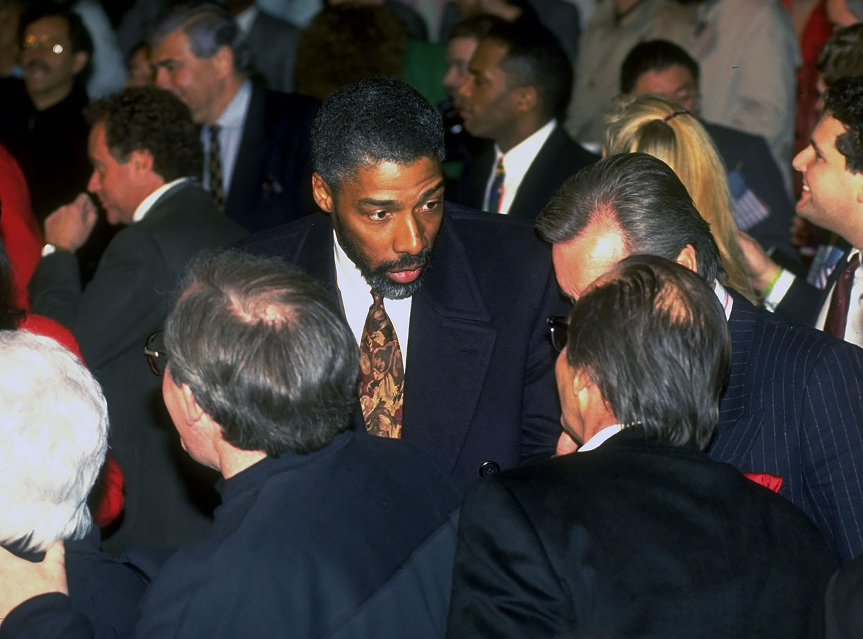 Dr. J was among the many celebrities at the Mike Tyson-Razor Ruddock bout in 1991.