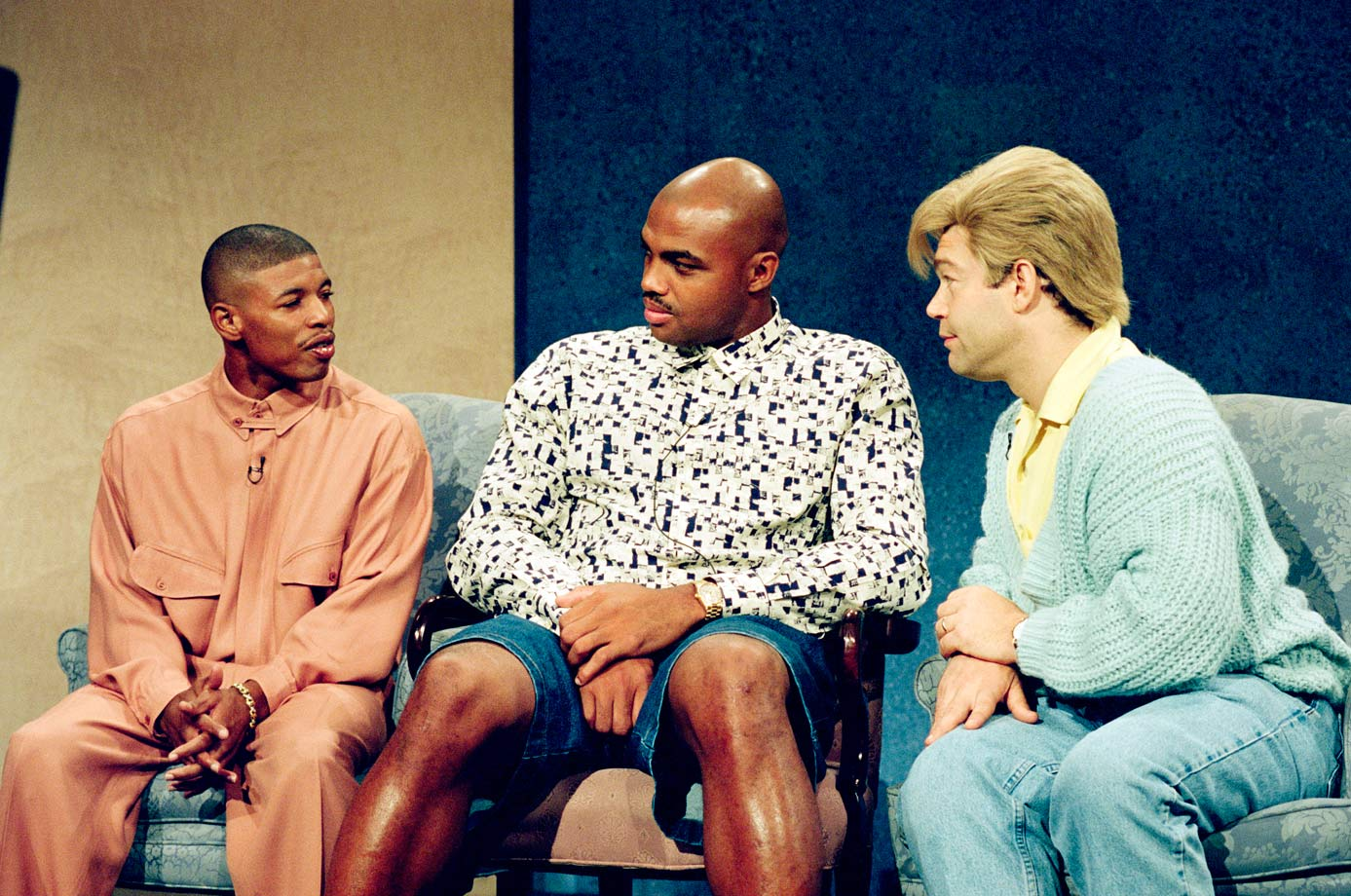 "Muggsy Bogues and Charles Barkley talk with Al Franken as Stuart Smalley during the ""Daily Affirmation"" skit on SNL."