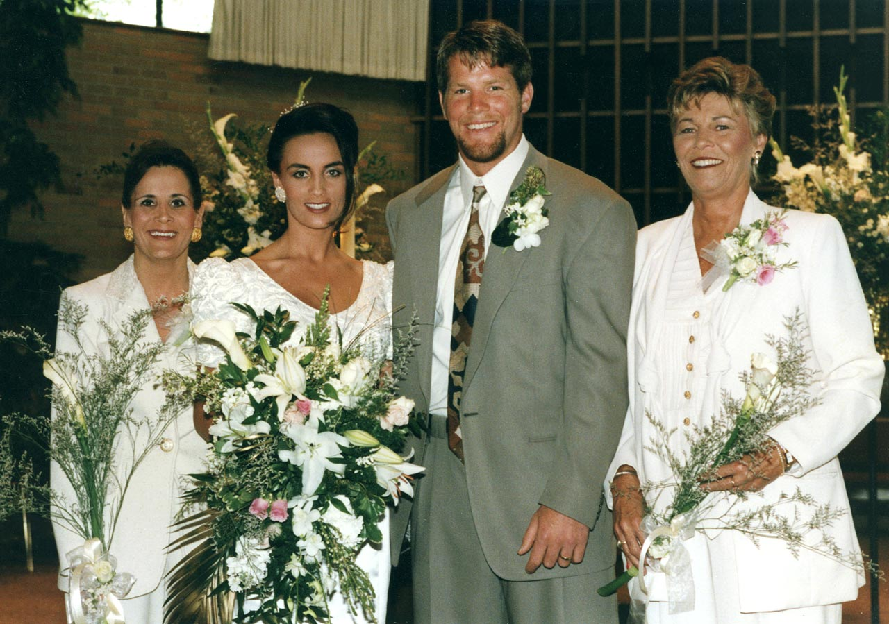 Brett Favre and Deanna Tynes
