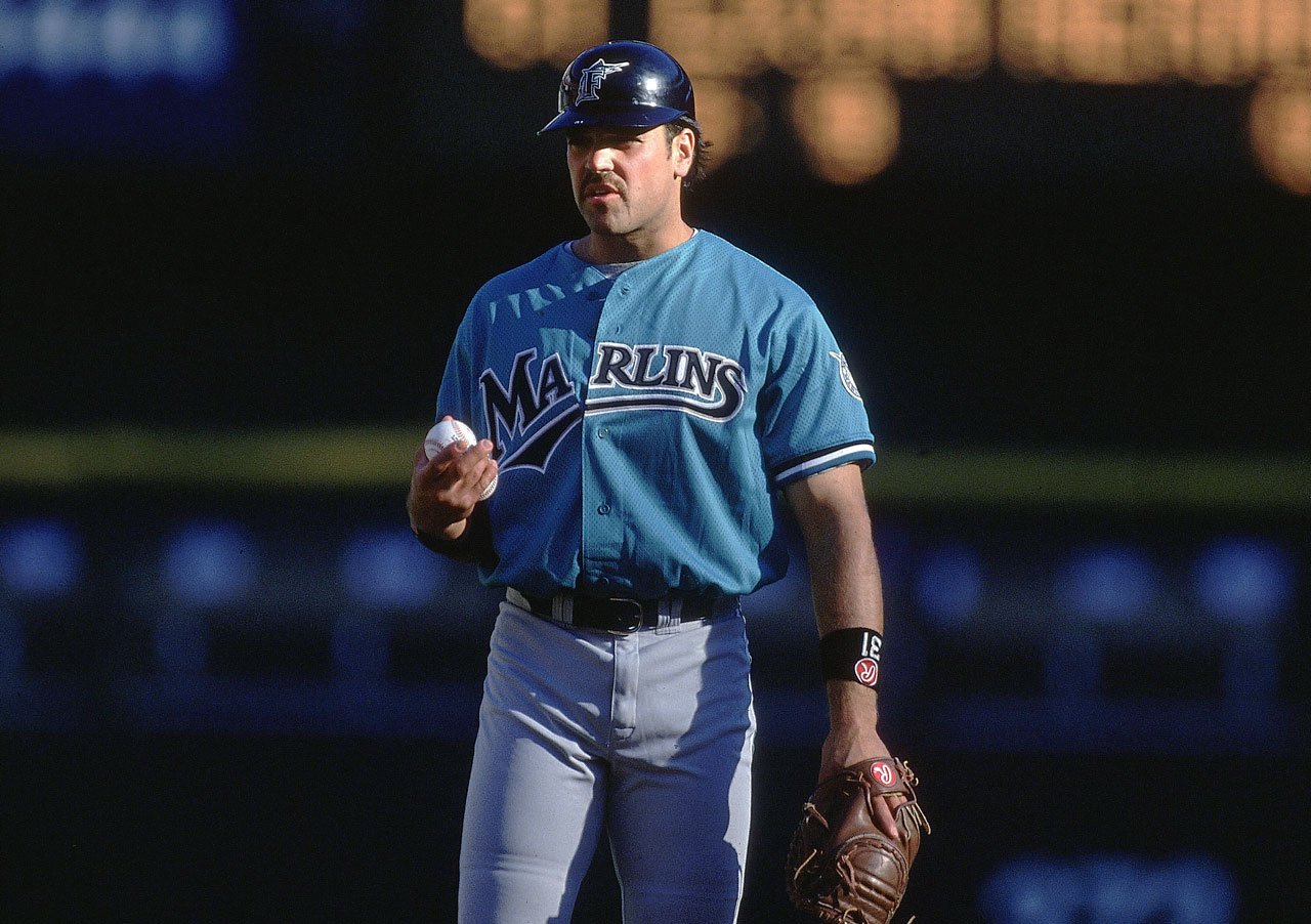 Mike Piazza warms up on the field prior to one of his five games played with the Marlins in May 1998.