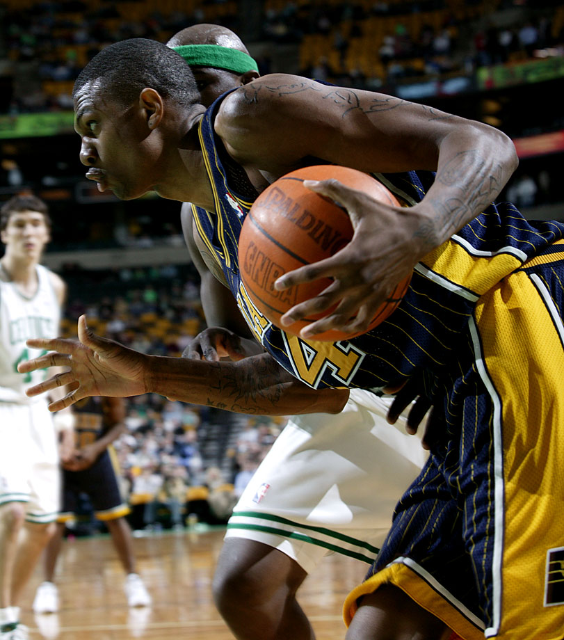 Indiana acquired the draft rights to the preps-to-pros, Kevin-Garnett look-alike for solid big man Antonio Davis. Bender showed tantalizing flashes of his potential but never put it together before cutting short his career because of knee injuries in February 2006. Bender had a 25-game comeback with the Knicks in 2009-2010.