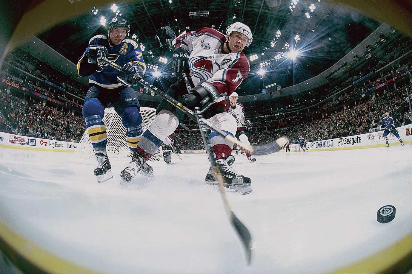 Feb. 10, 2001 — Colorado Avalanche vs. St. Louis Blues