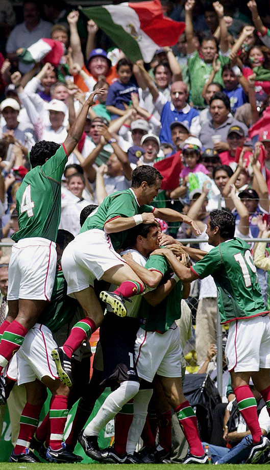 Needing a win to stay in contention for the 2002 World Cup, the Mexicans won 1-0 at Azteca Stadium, making their record 21-0-1 when hosting the Americans.