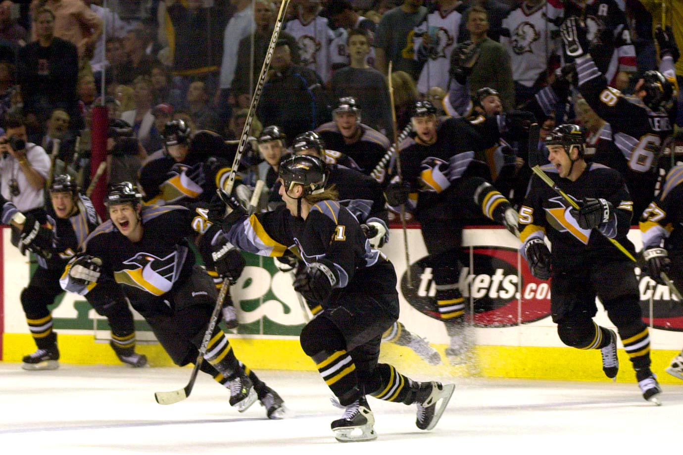 "Mario Lemieux's goal with 1 minute, 18 seconds left in Game 6 forced a decisive showdown against Dominik Hasek and the Sabres in Buffalo. ""It's the most exciting thing in hockey,"" Hasek said. ""We only have to win the game."" Alas, Penguins blueliner Darius Kasparaitis prevented that by beating Hasek in OT for his first career playoff goal."