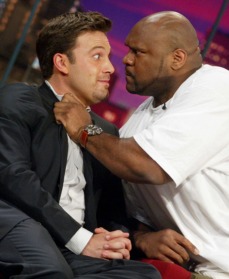"Ben Affleck and K-1 fighter Bob Sapp greet each other on ""The Tonight Show with Jay Leno"" on Aug. 11, 2003 at NBC Studios in Burbank Calif."