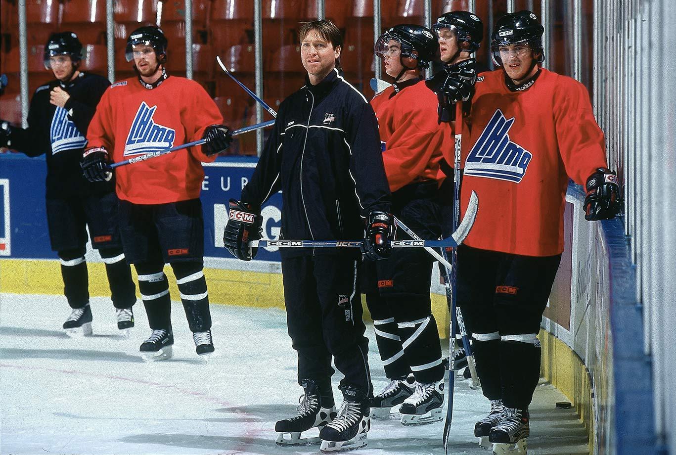 Nov. 8, 2003 — Quebec Ramarts practice