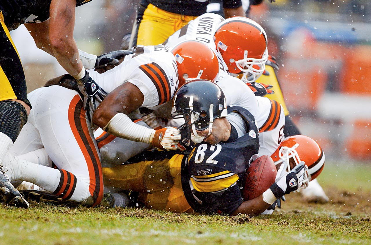Steelers wideout Antwaan Randle El provided a turning point of sorts when he was face-masked by the Browns' Chris Akins.