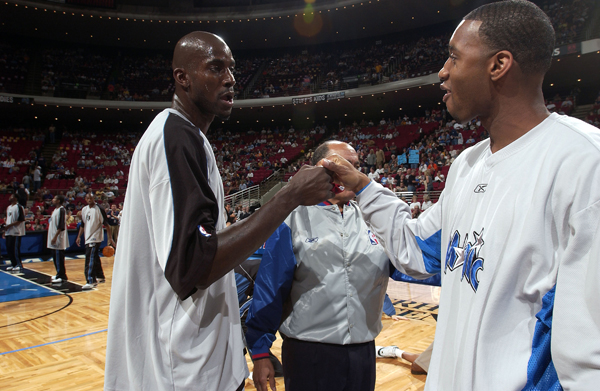 Tracy McGrady and Kevin Garnett :: Getty Images