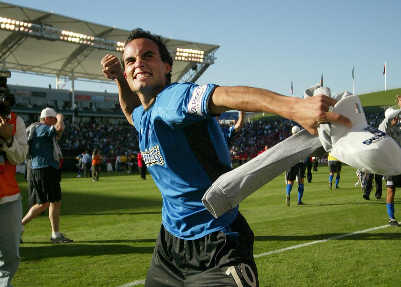 Landon Donovan played his fourth and last season with the San Jose Earthquakes in 2004. He made 87 appearances for them and scored 32 goals.