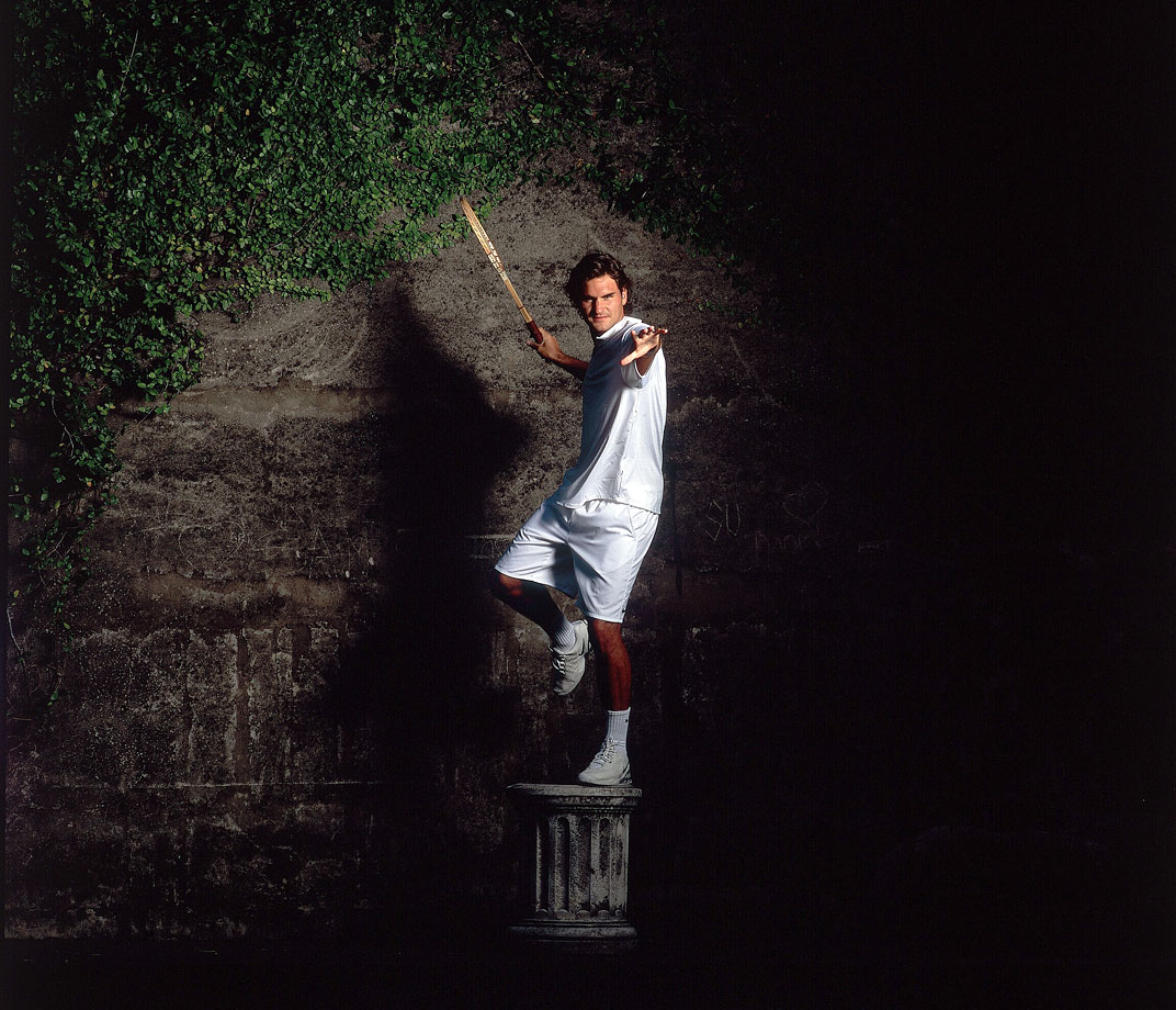 Roger Federer poses like a statue during an SI photo shoot in Sydney, Australia, on Dec. 21 2004.