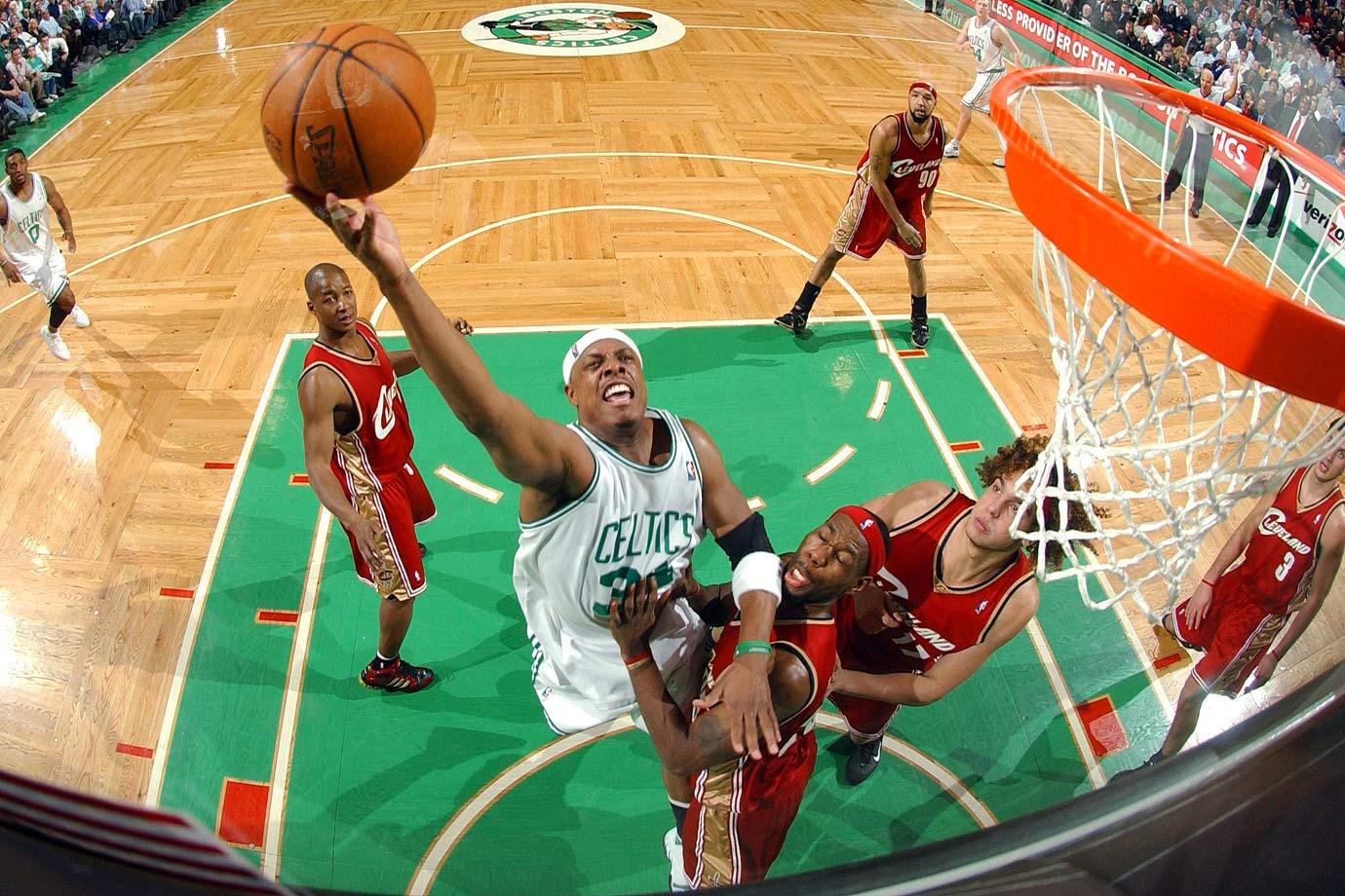 50 vs Cleveland (Feb. 15, 2006)