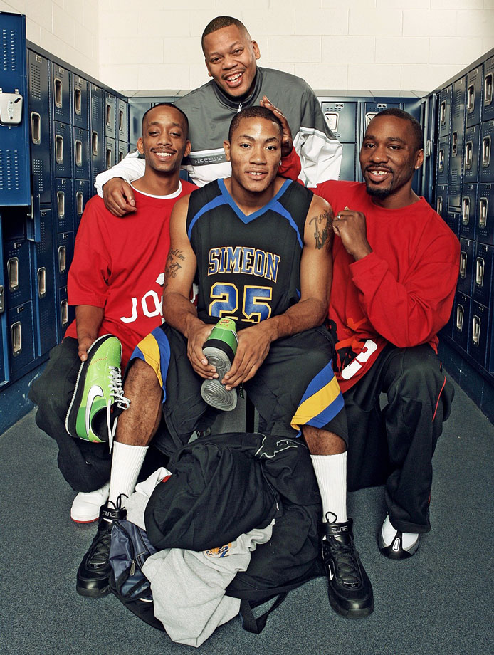 Rose's family controlled nearly every aspect of his high school career and recruiting process to keep him on the right path in Chicago. In fact, Reggie formed his own AAU team, the MeanStreets Express, to coach Derrick.