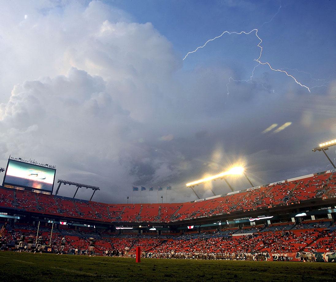 Miami Dolphins vs. St. Louis Rams