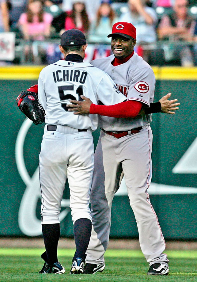It took seven years, but Ken Griffey Jr. finally returned to Seattle in June 2007 for his first games in the Emerald City since being traded away. Ichiro was the new star in town, but Griffey earned plenty of cheers, especially after hitting a pair of home runs in the series finale.