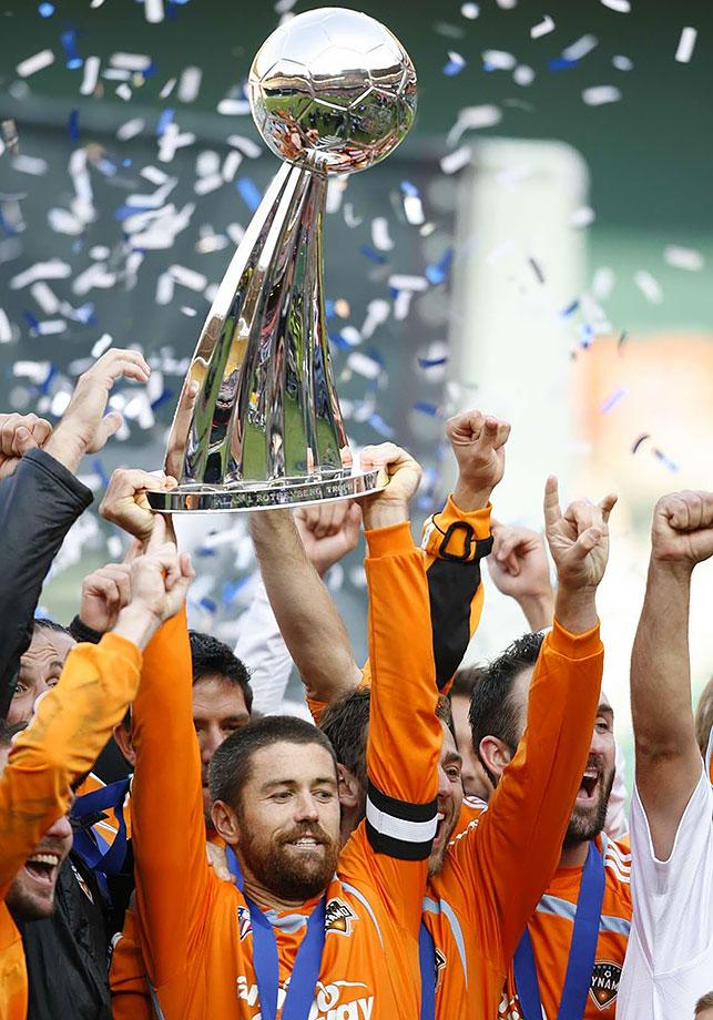 2007 — Houston Dynamo (beat New England Revolution 2-1)