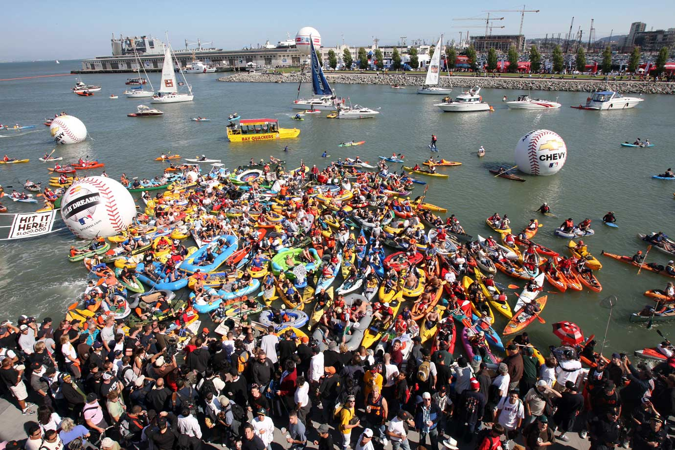"The kayaks came out in droves for the Derby in San Francisco, but they went home empty-handed -- zero homers would be counted as ""Splash Hits."""