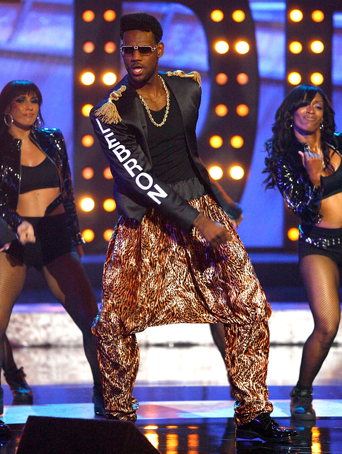 LeBron James: MVP, All-Star, scoring champ and ... MC Hammer look-alike at the 2007 ESPYs.