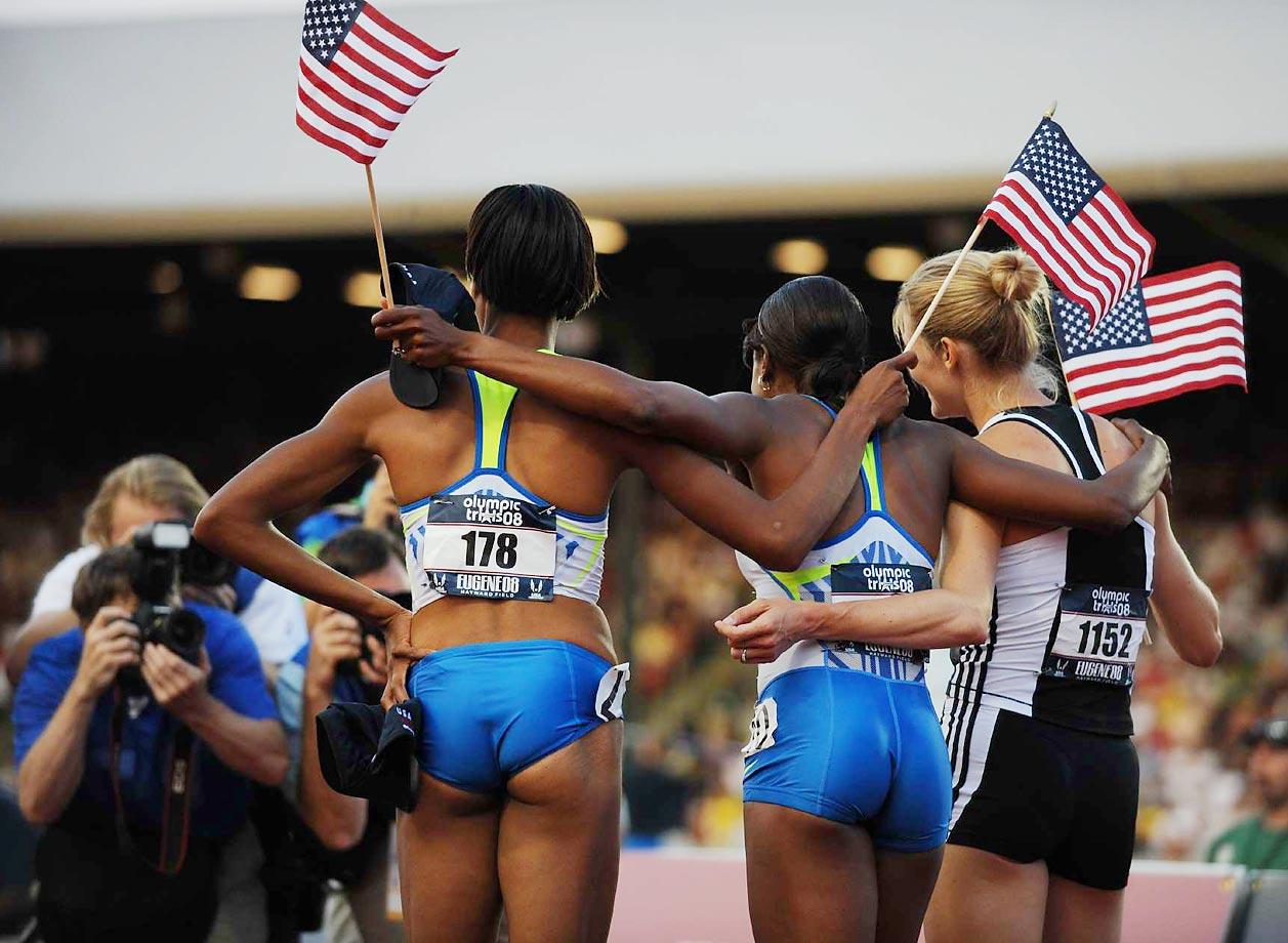 Kameisha Bennett, Hazel Clark and Alice Schmidt during the 800-meter final at the 2008 U.S. Team Trials.