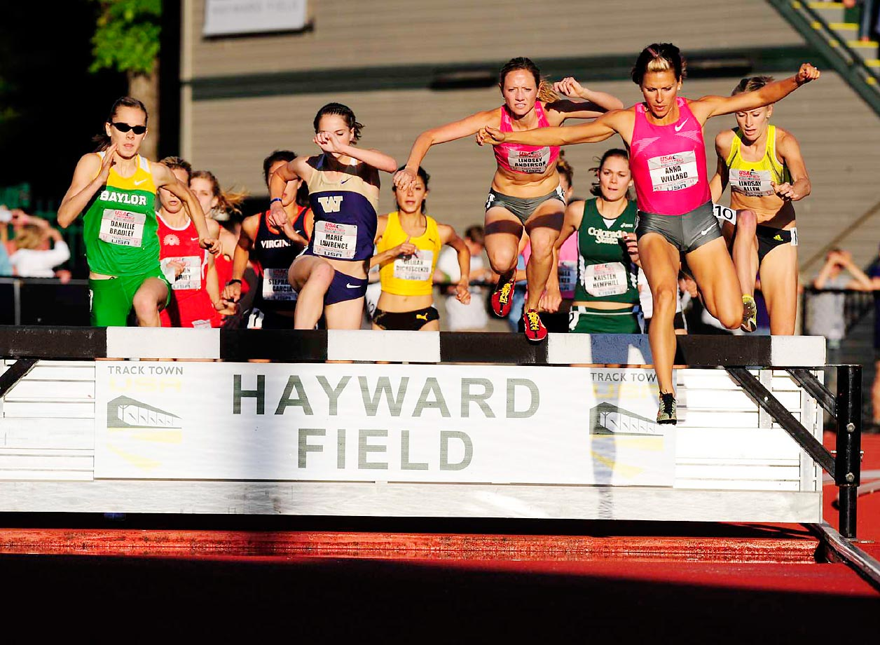 Anna Willard during the 3,000-meter Steeplechase at the 2009 National Championships.