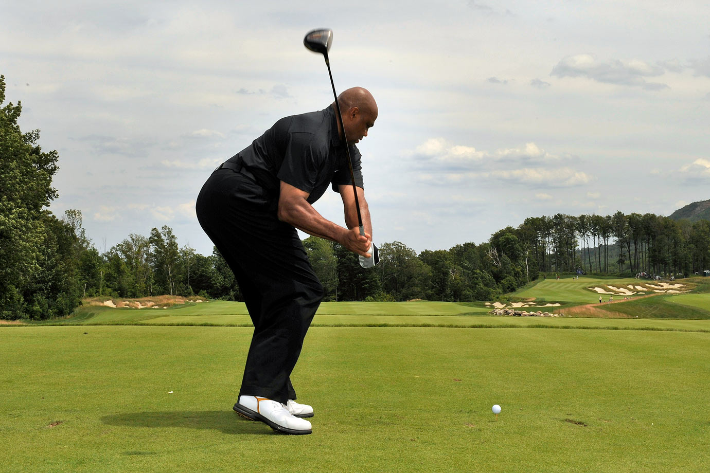 Charles Barkley and his famously ugly golf shot at the Ford Wayne Gretzky Classic in Clarksburg, Ontario, Canada.