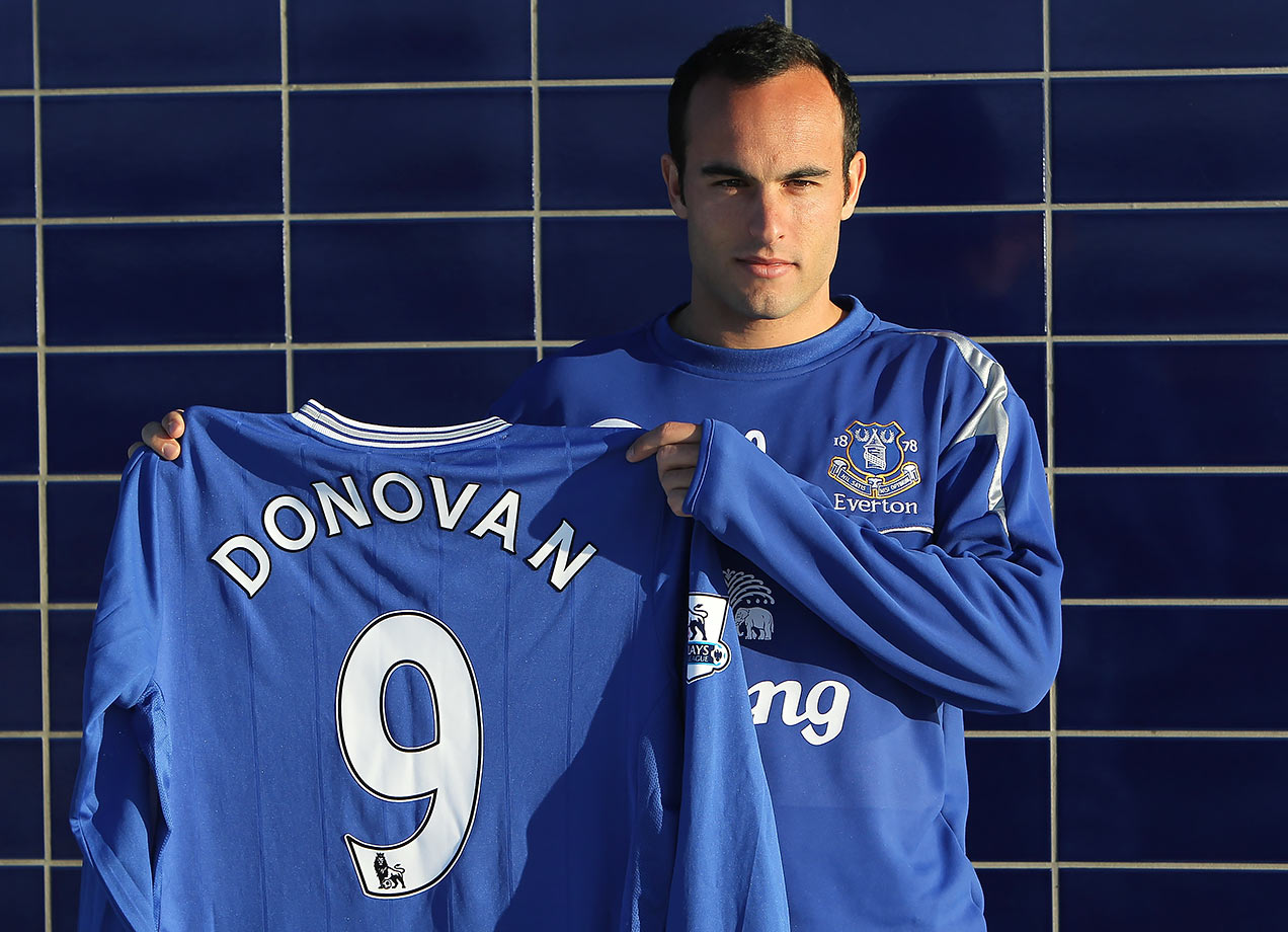 English Premier League side Everton acquired Landon Donovan on a two-and-a-half-month loan from the Los Angeles Galaxy in 2010.