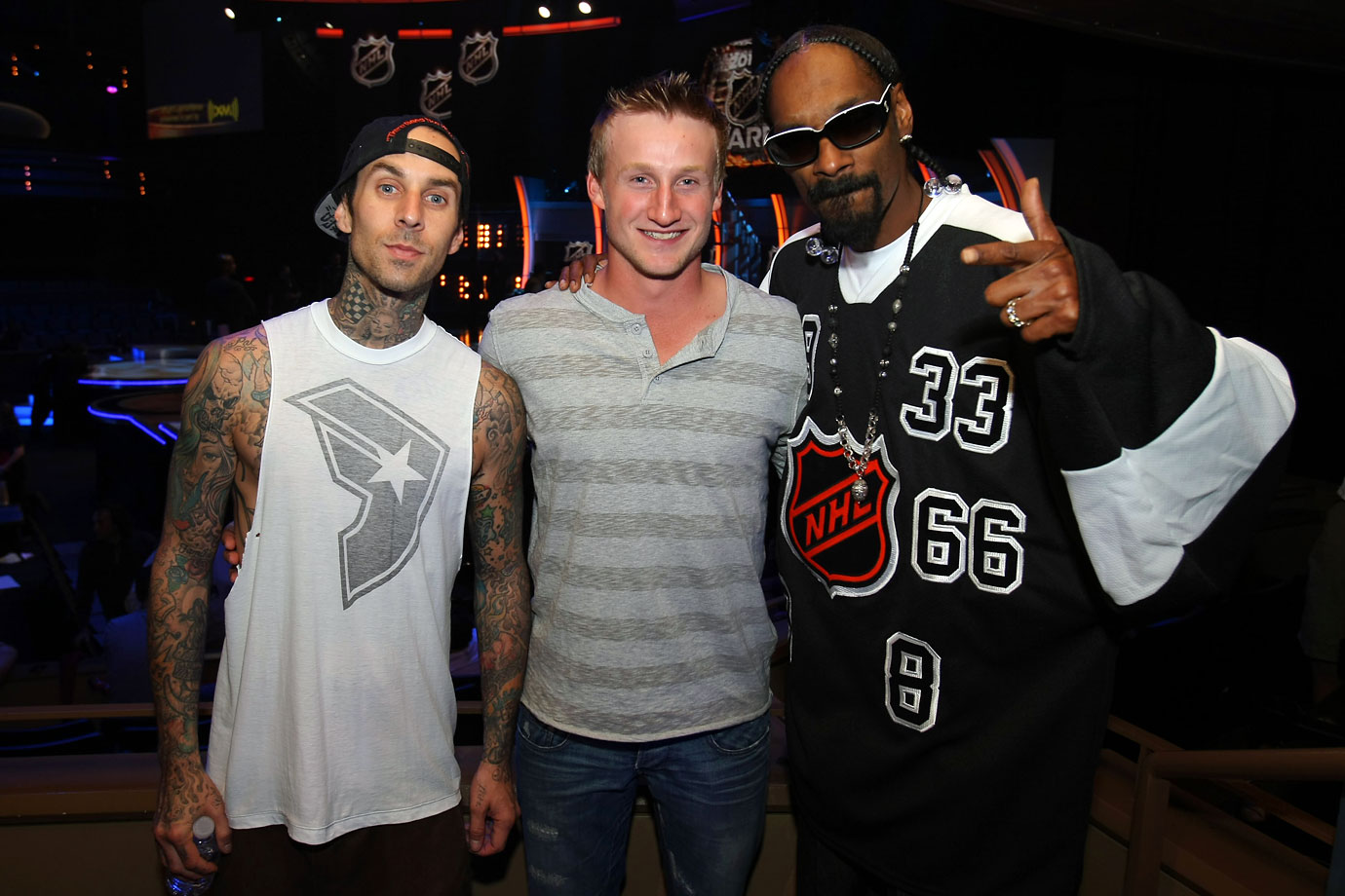 Travis Barker, Steven Stamkos and Snoop Dog pose together during the NHL Awards Show Pre-taping on June 22, 2010 in Pearl at The Palms in Las Vegas.