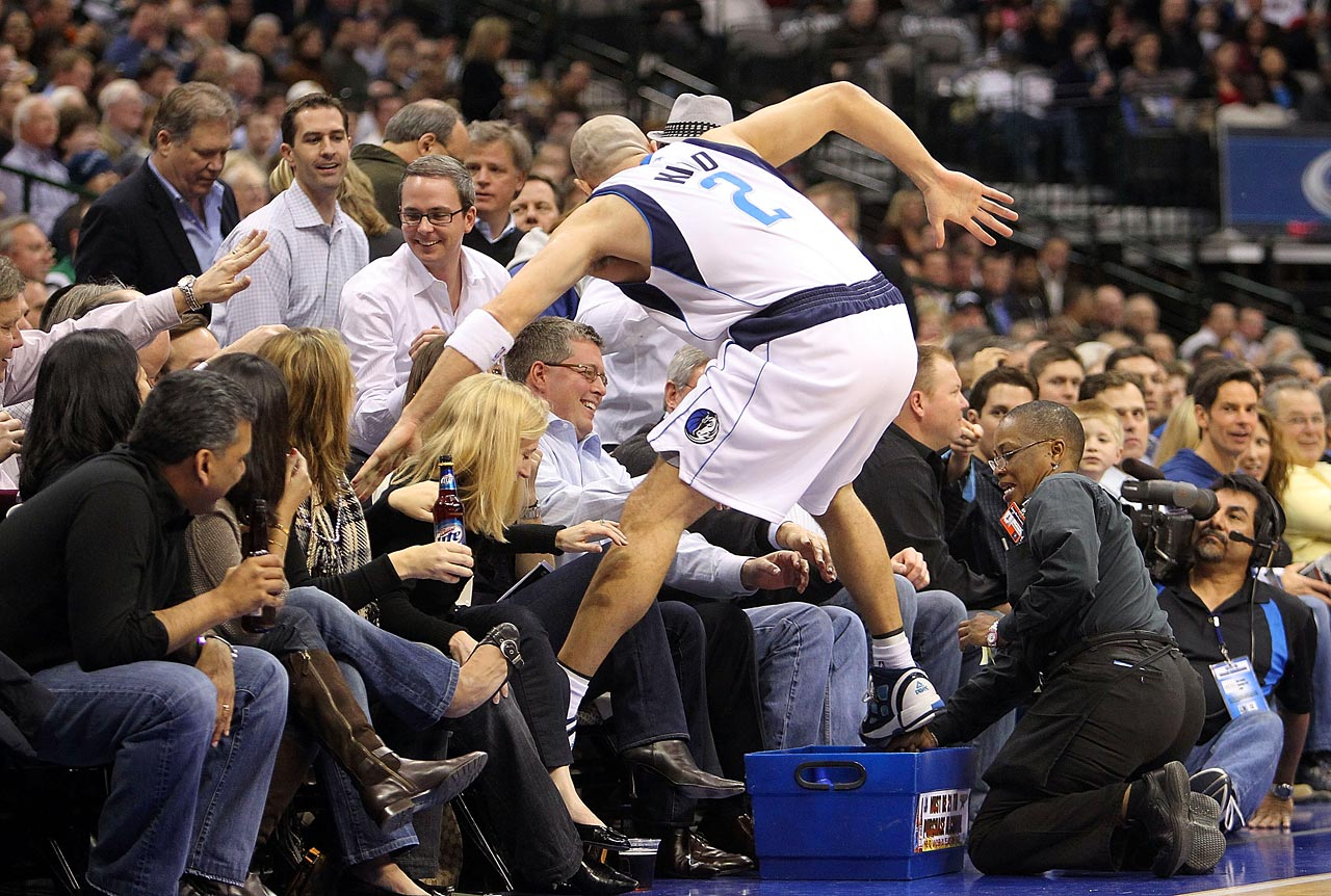 Jason Kidd returned to the Mavericks in 2008 after seven seasons in New Jersey. Here, he shows his appreciation for the fans by making a trip into the stands.