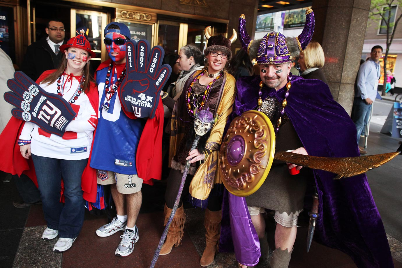 New York Giants and Minnesota Vikings fans in 2012.