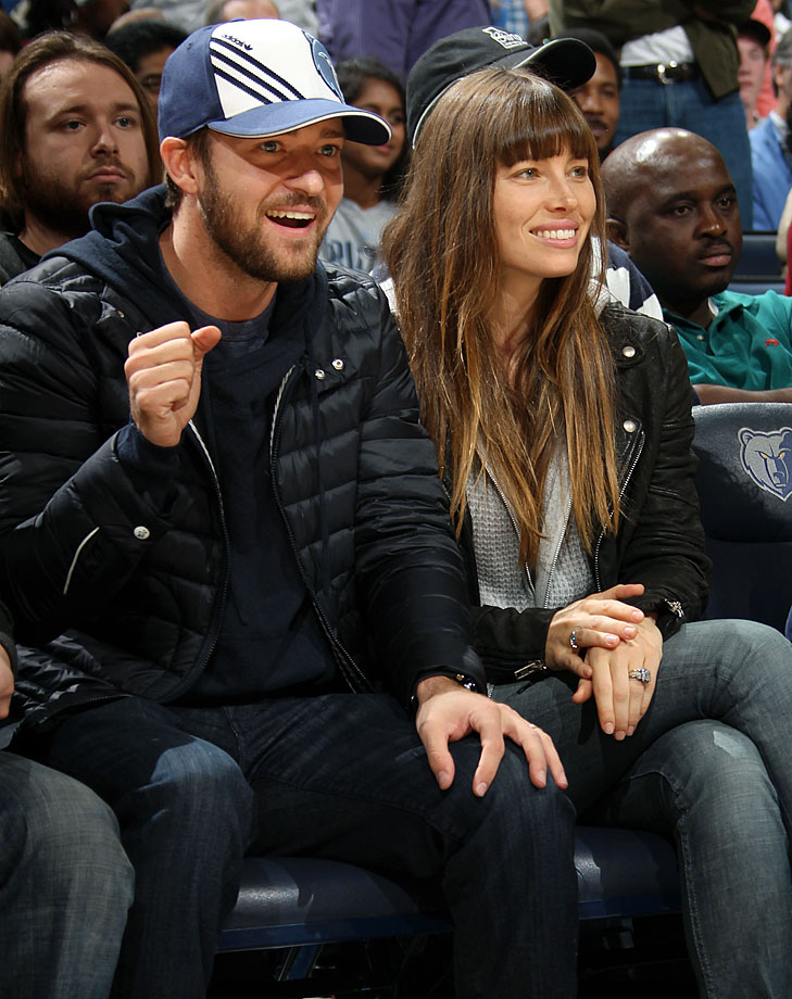 Memphis Grizzlies minority owner Justin Timberlake cheers alongside Jessica Biel during a Grizzlies game against the Los Angeles Lakers at FedExForum in Memphis, Tenn., on Nov. 23, 2012.