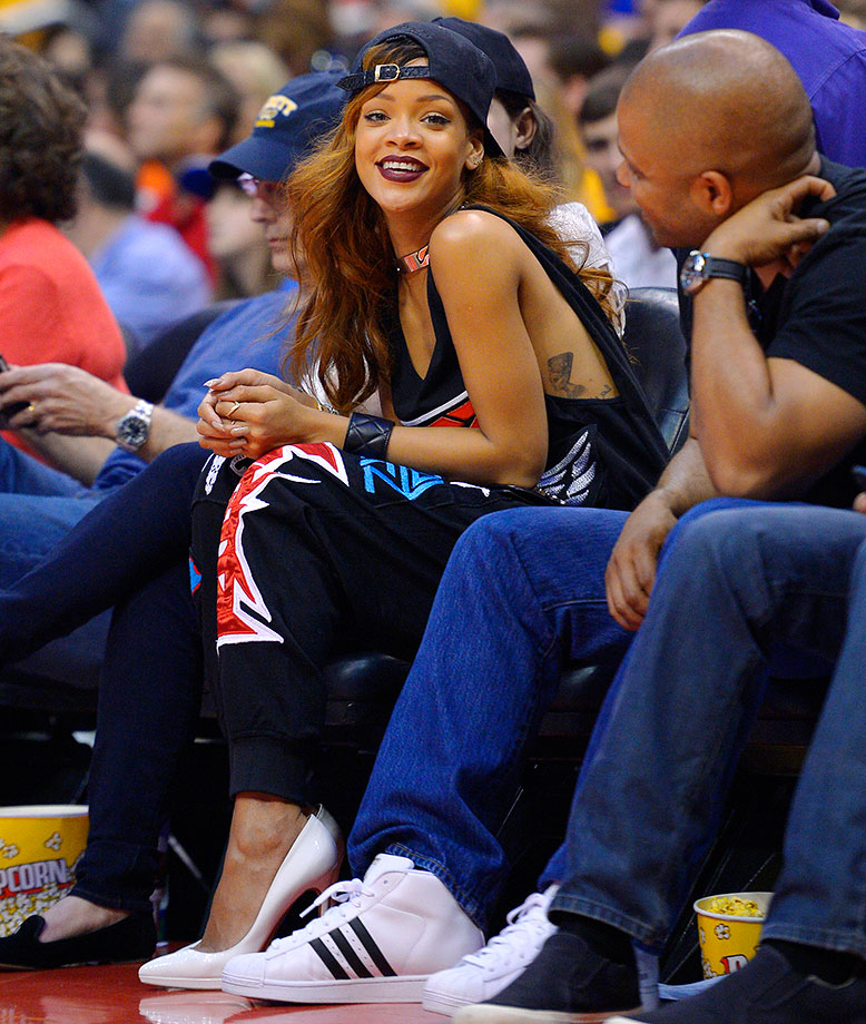 Rihanna attends the Los Angeles Clippers game against the Los Angeles Lakers on April 7, 2013 at Staples Center in Los Angeles.