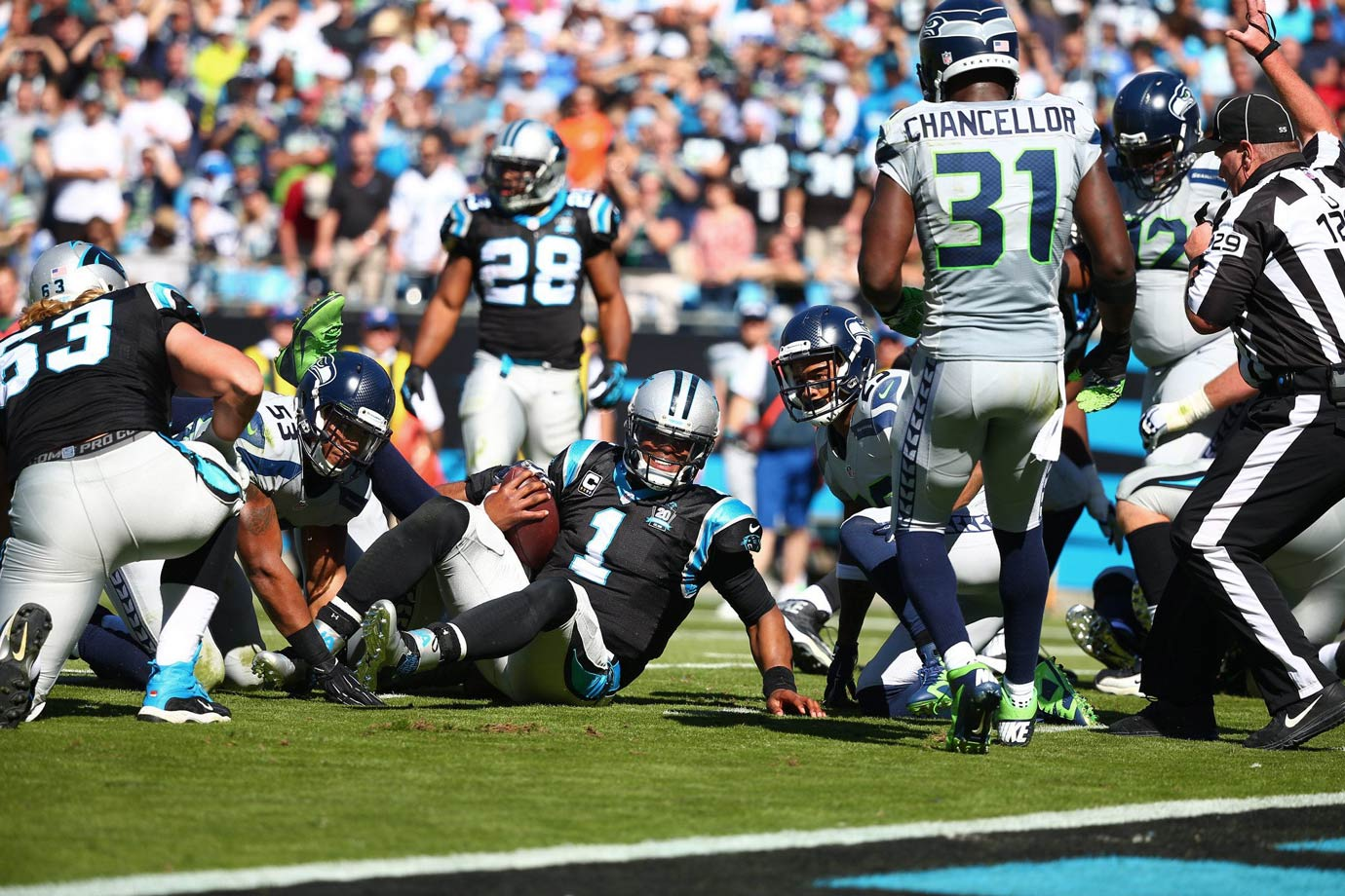 The Seahawks bounced back with a close win over the Carolina Panthers to improve to 4-3. In a defensive battle, Wilson threw his only touchdown pass to Luke Willson with 47 seconds left in the game to put Seattle ahead for good. Seattle's defense smothered Cam Newton, who produced fewer than 200 yards combined rushing and passing.