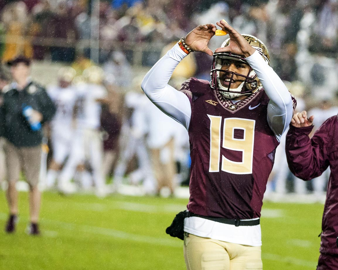 The Eagles wasted their chance to grab a late lead when Alex Howell's 42-yard field goal drifted wide right. Winston methodically drove the Seminoles 66 yards to set up a game-winning 26-yard boot from Roberto Aguayo.