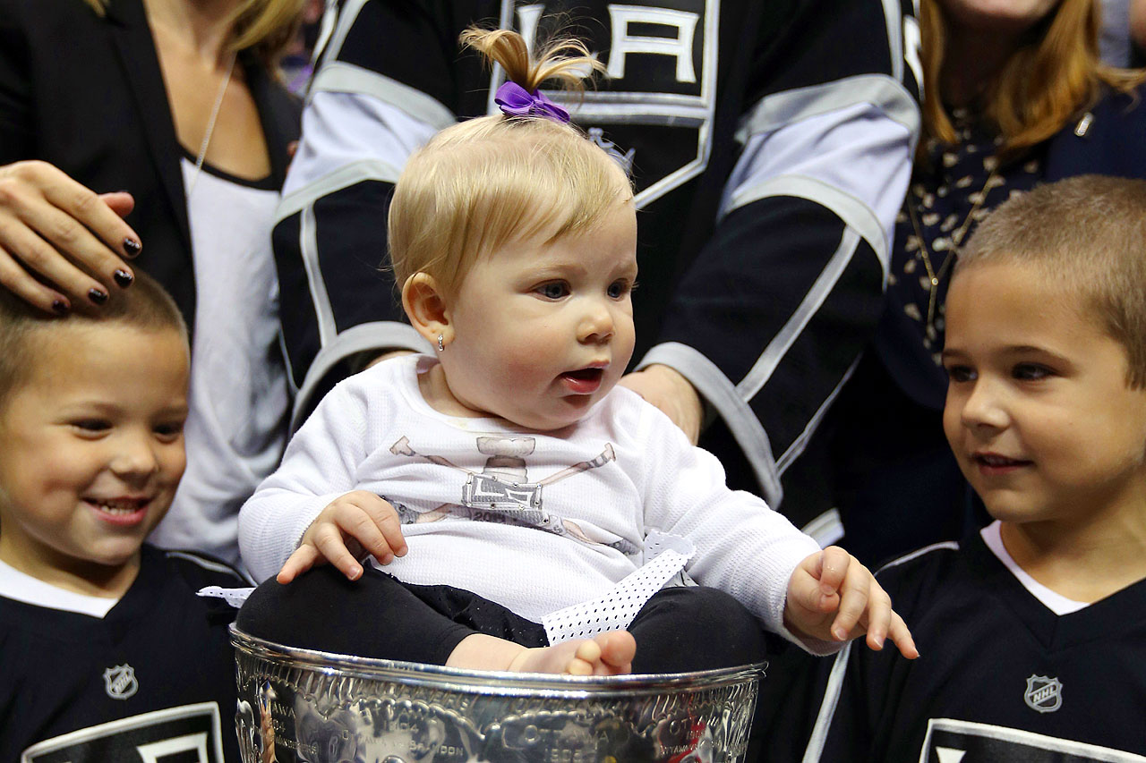 Daugther of Los Angeles Kings right wing Dustin Brown.