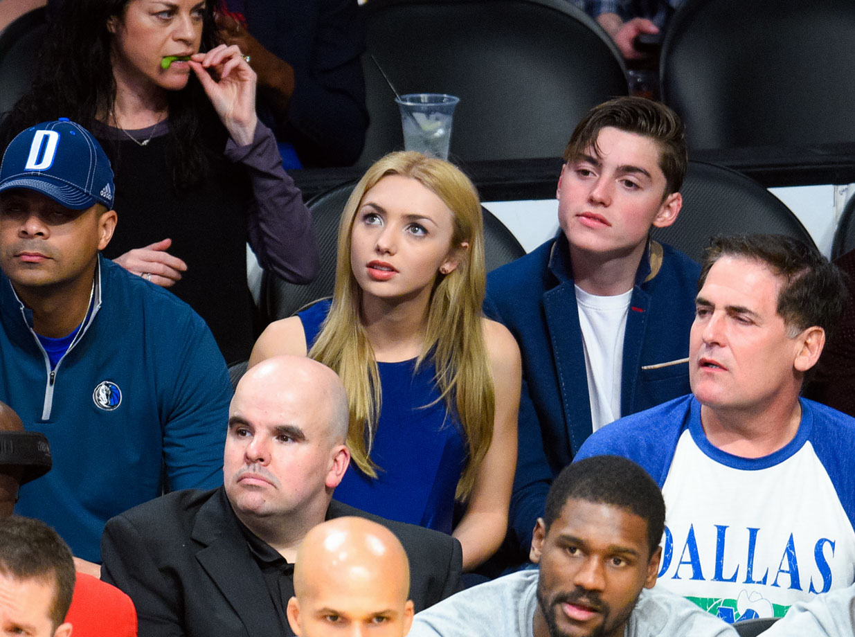 March 8, 2015: Los Angeles Lakers vs. Dallas Mavericks at Staples Center in Los Angeles
