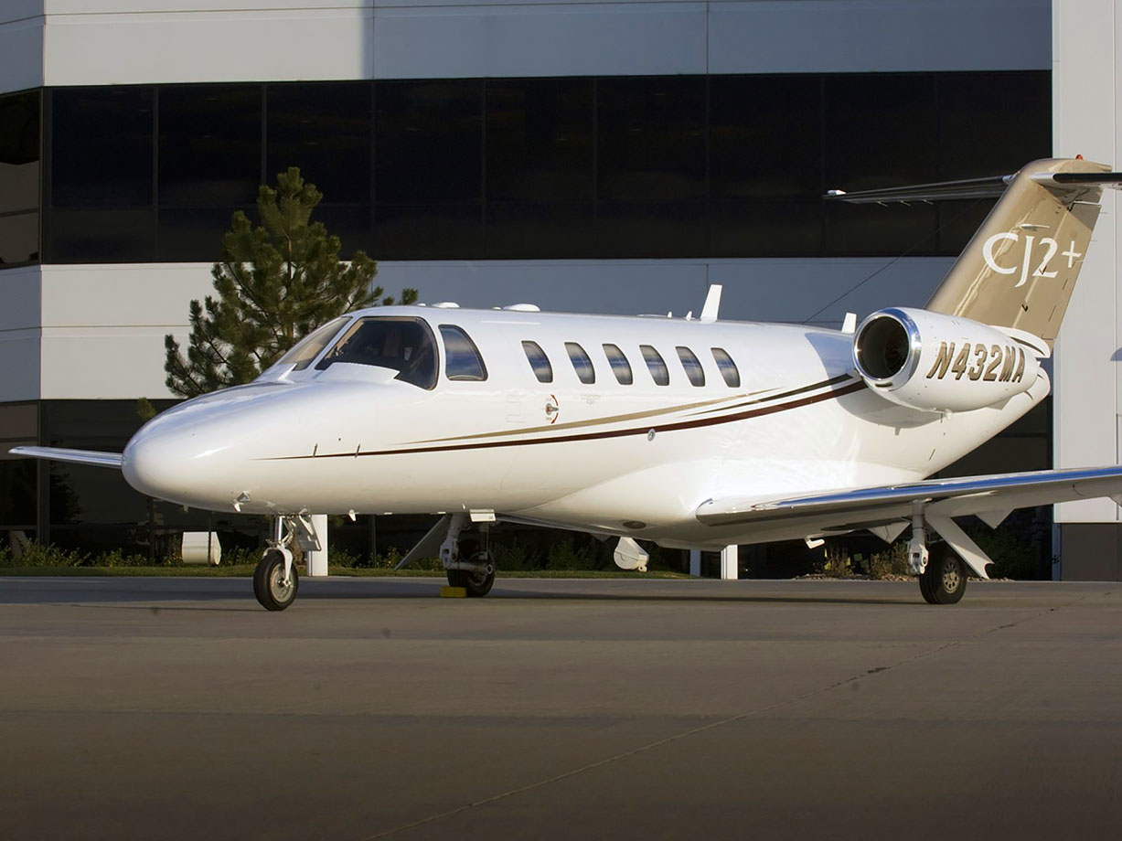 The South Carolina legislature approved the purchase of a jet by Clemson's athletic department for recruiting.