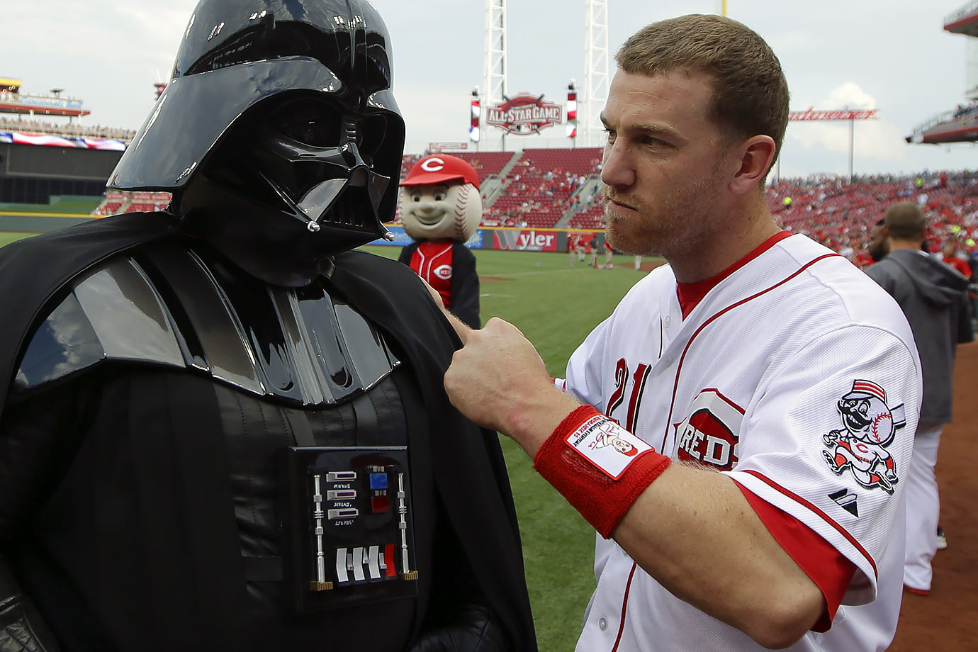Todd Frazier poses with Darth Vader before the game against the San Francisco Giants on May 15, 2015 at Great American Ball Park in Cincinnati, Ohio.