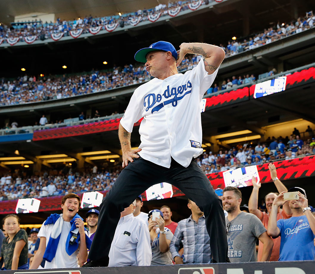 October 15, 2015: Los Angeles Dodgers vs. New York Mets at Dodger Stadium in Los Angeles —National League Division Series, Game 5