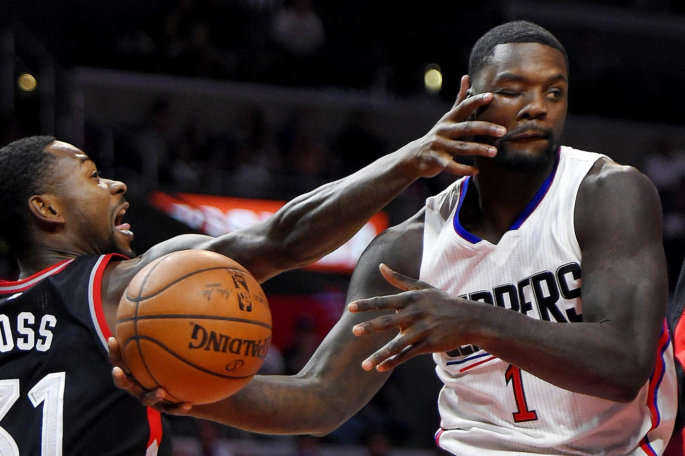 Raptors forward Terrence Ross fails to close both eyes of Clippers forward Lance Stephenson.