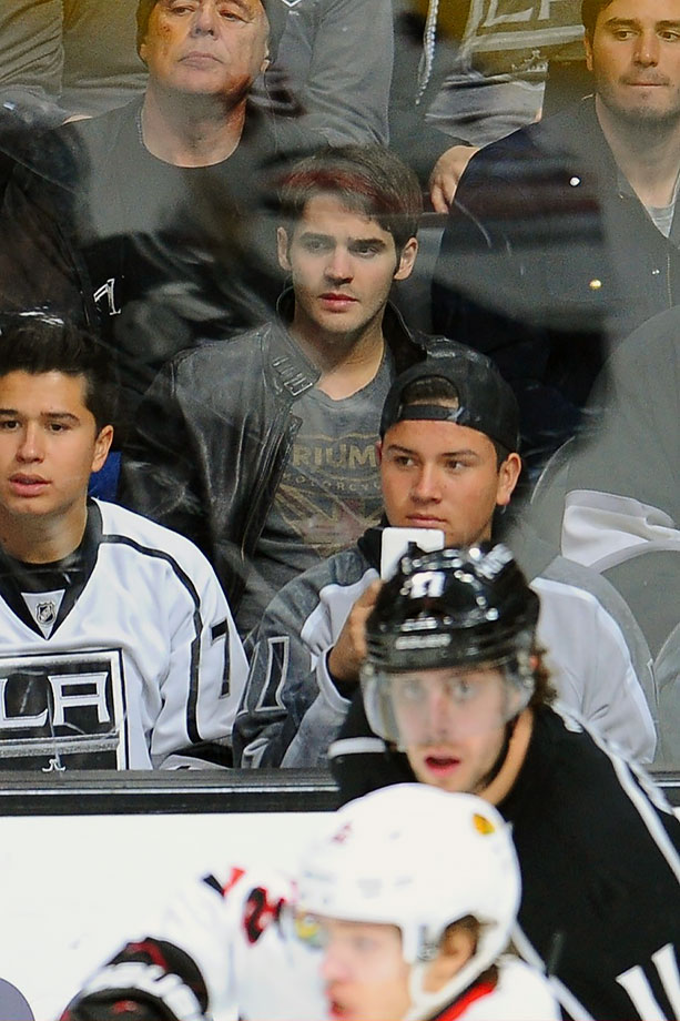 Los Angeles Kings vs. Chicago Blackhawks on November 28, 2015 at Staples Center in Los Angeles.