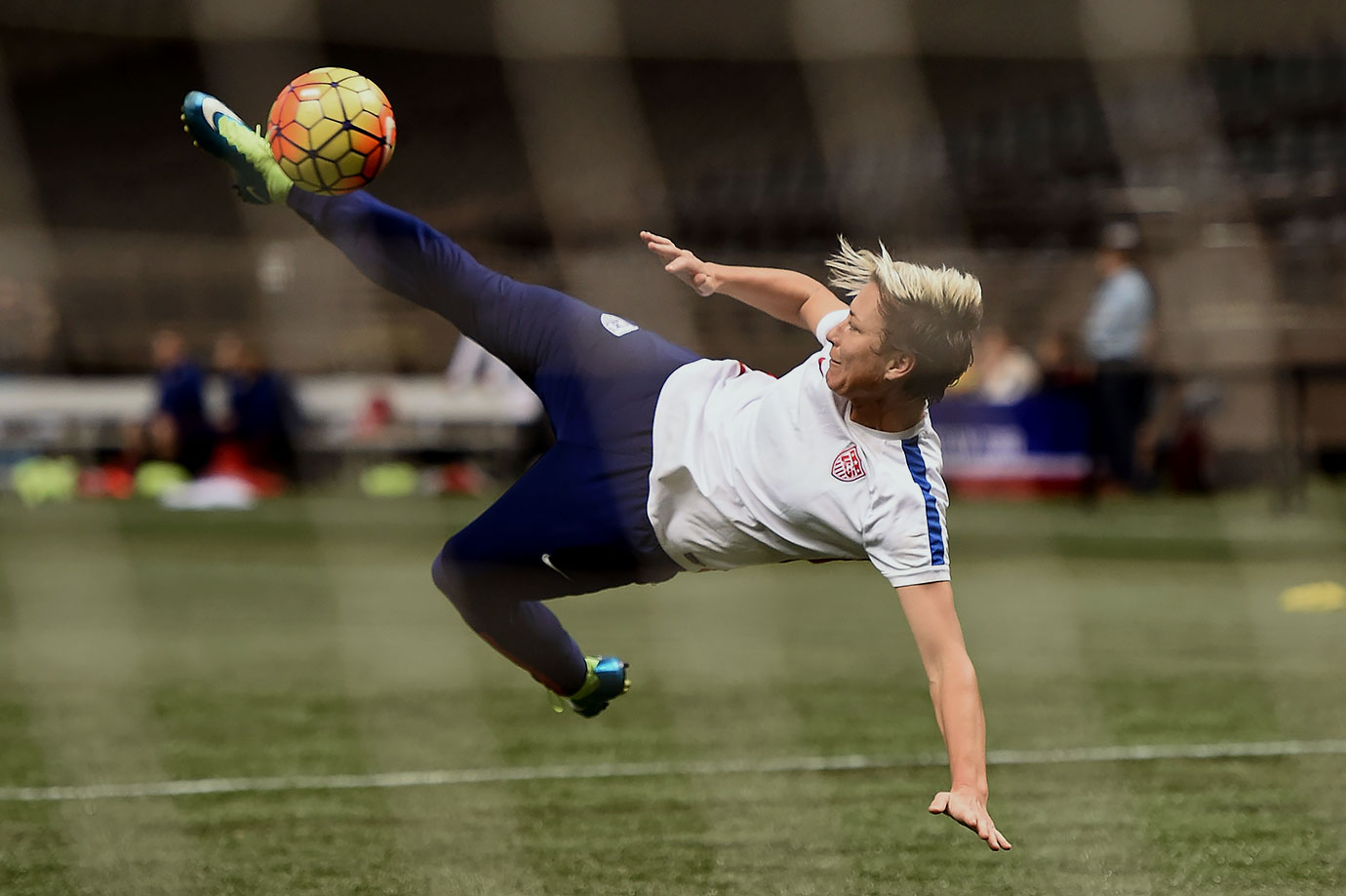 Dec. 15, 2015 — USA vs. China (warmups)